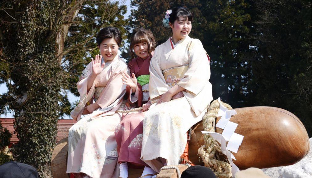 Праздник пениса Канамара Мацури в Кавасаки f387b456b674d8dbad2e1e0ca5cba00f.jpg